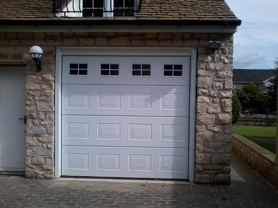 1st choice garage doors mirfield yorkshire